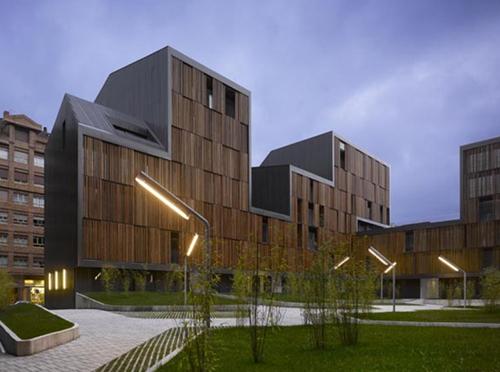1.1 Edificio de 131 Viviendas Protegidas en Mieres Bernardo Angelini y Bernardo Casino (zigzag arquitectura en BEAU XI stepienybarno