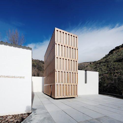 1.6 Museo del Agua, en Lanjarón (Granada), del arquitecto Juan Domingo Santos en BEAU XI stepienybarno
