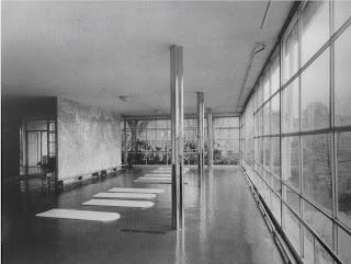 MIES VAN DER ROHE, Casa Tugendhat, convertida en gimnasio, 1960, Daniela Hammer-Tugendahat stepienybarno santidemolina