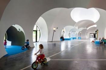 Anatxu Zabalbeascoa Ayuntamiento y centro cívico de Oostkamp, en Bélgica. Carlos Arroyo  Miguel de Guzmán