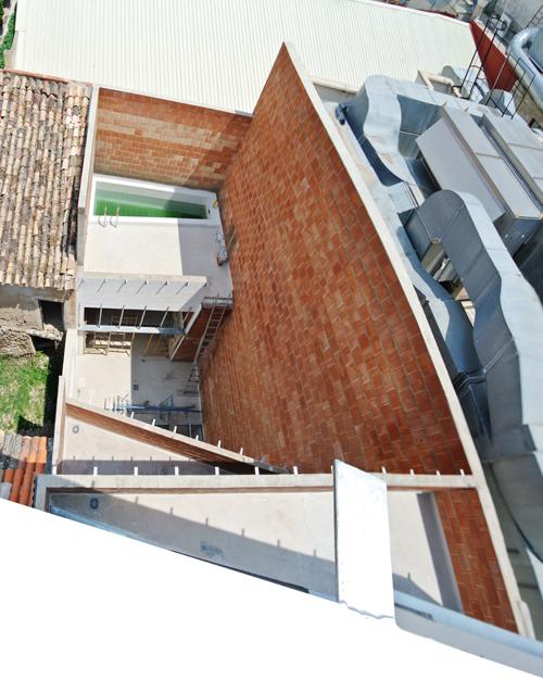 09 Vista de patio desde terraza superior