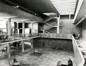 0. .-asplund-interior-de-ayuntamiento 350 -
