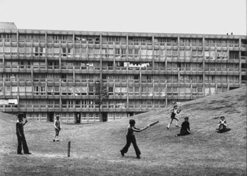 Javier Echepare- arquitectura y niños-stepienybarno 1
