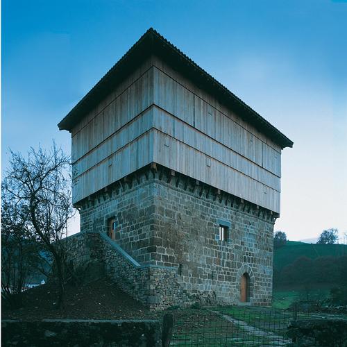 1 _ apezteguia-arquitecgtura-stepienybarno