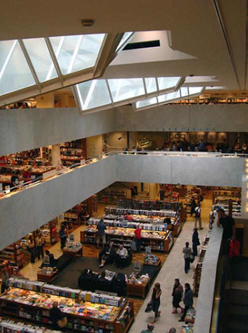 3. Alvar Aalto _  librería UNIVERSITARIA, Helsinki, 1969