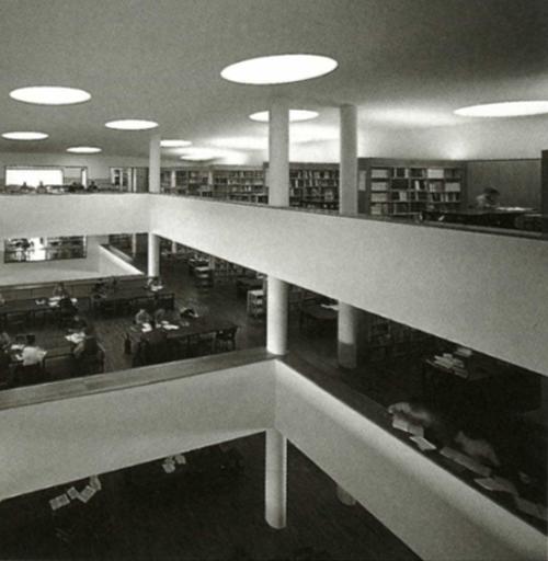5.3 Álvaro Siza – Biblioteca en Aveiro, 1988 – 1994