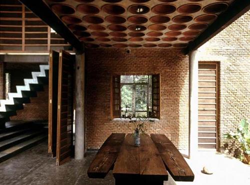 8. STAR ARCHITECT-stepienybarno-Wall House -Anupama Kundoo