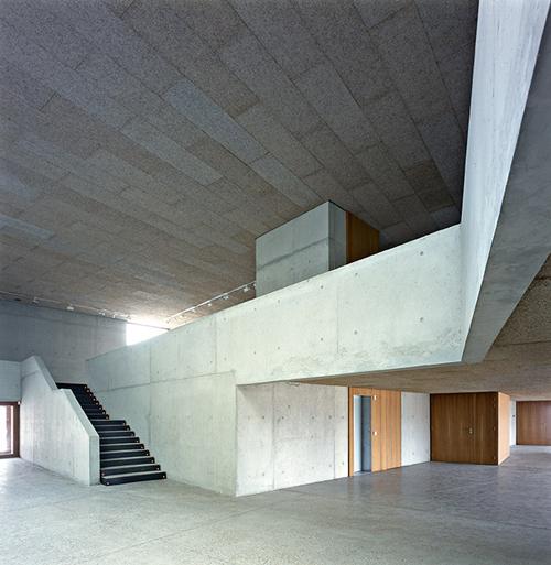 Biblioteca y Casa de Cultura_Tabuenca & Leache Arquitectos_Luis Prieto_Milagro-Navarra_2002 500