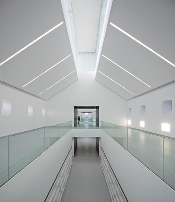 CENTRO CÍVICO DE PALENCIA-Fernando Guerra-Exit-architects_Stepienybarno