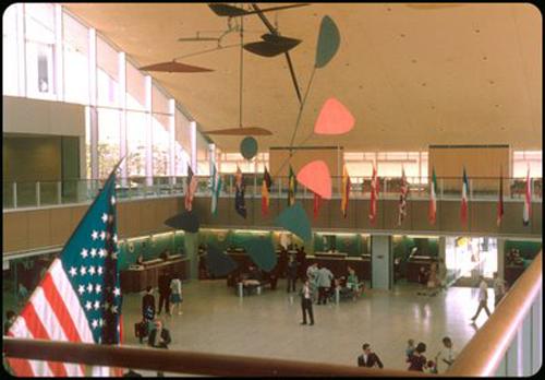5. TWA Flight Center de Eero Saarinen, 1963