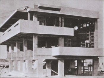 Lovell Health  House, 1927 Richard Neutra Los Angeles