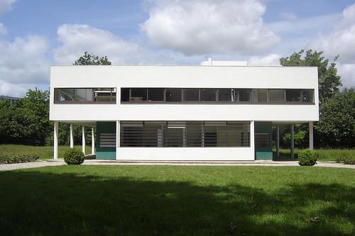 1.2 Villa Savoye de Le Corbusier.