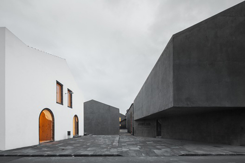 Stepienybarno-blog-stepien-y-barno-plataforma-arquitectura-Menos-e-Mais-Joao-Mendes-Ribeiro