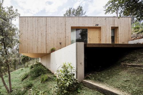stepienybarno-stepien-y-barno-proyecto-del-dia-domusweb-alventosa-morell-arquitectos-4