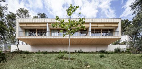stepienybarno-stepien-y-barno-proyecto-del-dia-domusweb-alventosa-morell-arquitectos