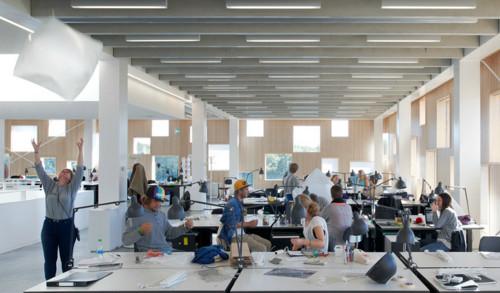 Uno de cada cuatro arquitectos espa oles j venes trabaja for Oficina de extranjeros valencia