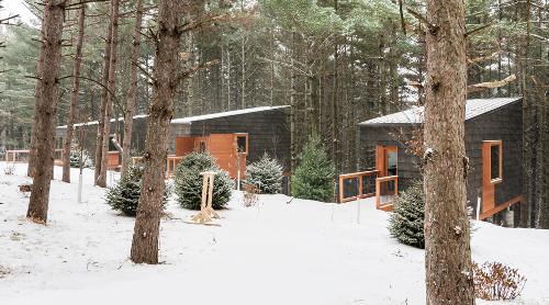 stepienybarno-proyecto-del-dia-dezeen-hga-cabins-2