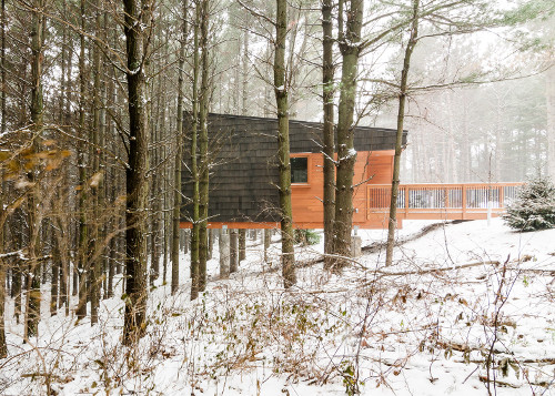 stepienybarno-proyecto-del-dia-dezeen-hga-cabins