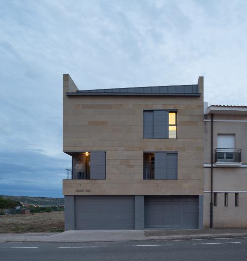 stepienybarno-proyecto-del-dia-plataforma-arquitectura-alvaro-foncea-roman-rocio-muñoz-patio-abierto-2