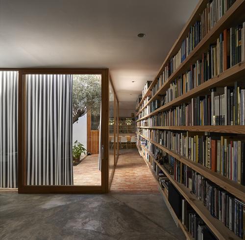 stepienybarno-blog-stepien-y-barno-arquitectura-proyecto-del-dia-gradoli-sanz-plataforma-mariela-apollonio (1)
