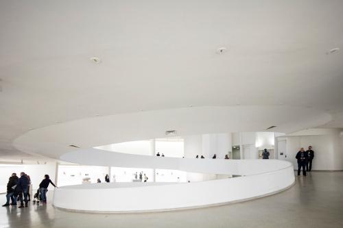 stepienybarno-blog-stepien-y-barno-arquitectura-lauriang-hinitoiu-plataforma-frank-lloyd-wright-guggenheim-4