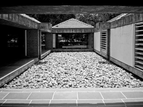 stepienybarno-blog-stepien-y-barno-arquitectura-proyecto-del-dia-hidden-architecture-charles-correa-3