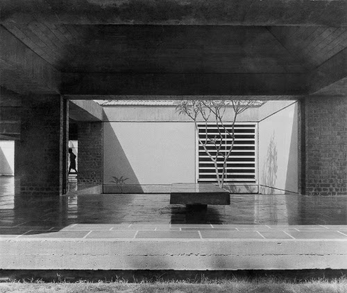 stepienybarno-blog-stepien-y-barno-arquitectura-proyecto-del-dia-hidden-architecture-charles-correa-5
