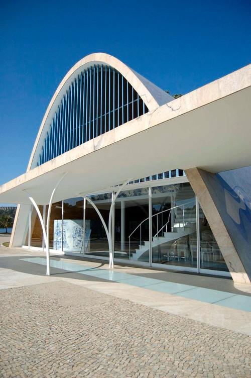 stepienybarno-blog-stepien-y-barno-arquitectura-oscar-niemeyer-iglesia-pampulha-3
