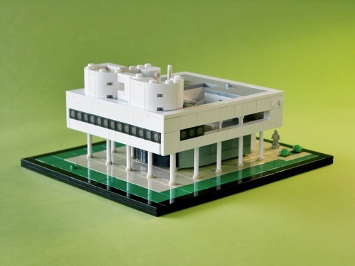 villa savoye and fallingwater The villa savoye is a masterpiece of 20th century design and one of the greatest works by the swiss architect le corbusier.