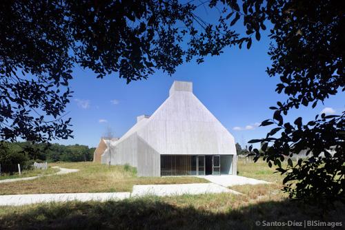stepienybarno-stepien-y-barno-arquitectura-barge-bouza-hic-3