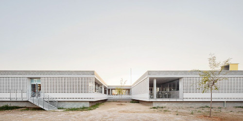 stepienybarno-stepien-y-barno-arquitectura-ProyectoDelDia-Afasia-archzine-alga-adell-aixopluc-puig-hevia-divisare-2