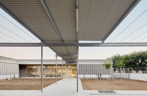 stepienybarno-stepien-y-barno-arquitectura-ProyectoDelDia-Afasia-archzine-alga-adell-aixopluc-puig-hevia-divisare-3