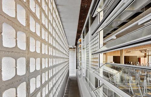 stepienybarno-stepien-y-barno-arquitectura-ProyectoDelDia-Afasia-archzine-alga-adell-aixopluc-puig-hevia-divisare-5