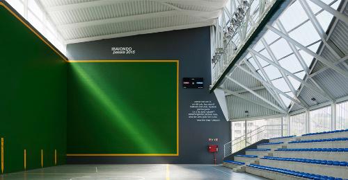 stepienybarno-stepien-y-barno-arquitectura-ProyectoDelDia-vaumm-fronton-molinao-