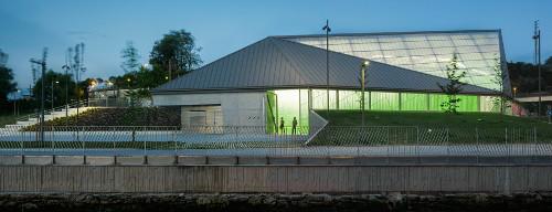 stepienybarno-stepien-y-barno-arquitectura-ProyectoDelDia-vaumm-fronton-molinao-5