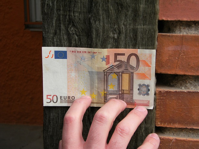 1. Stepienybarno-blog- ursa- aislamiento - dinero