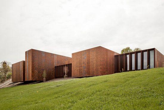 Stepienybarno-blog- Y el Premio Pritzker 2017 es para el estudio de arquitectura RCR- Museo Soulages - K.Dolmaire