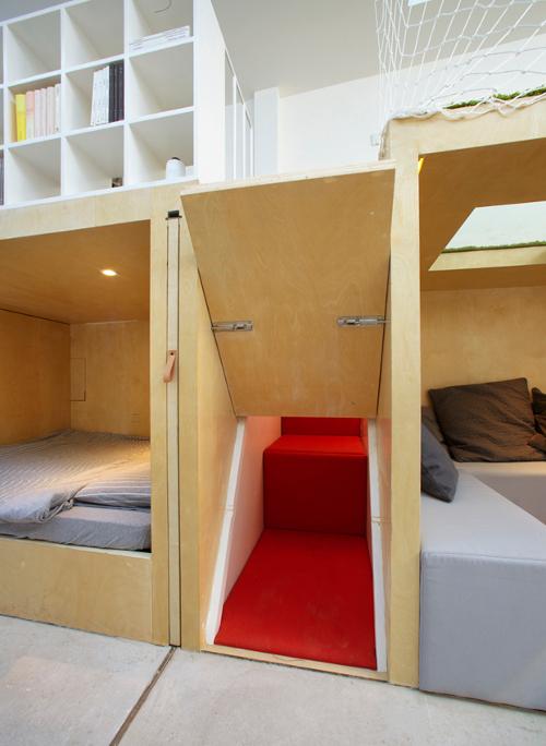 stepienybarno-stepien-y-barno-arquitectura-ProyectoDelDia-diario-design-B.L.U.E. Architecture Studio-5