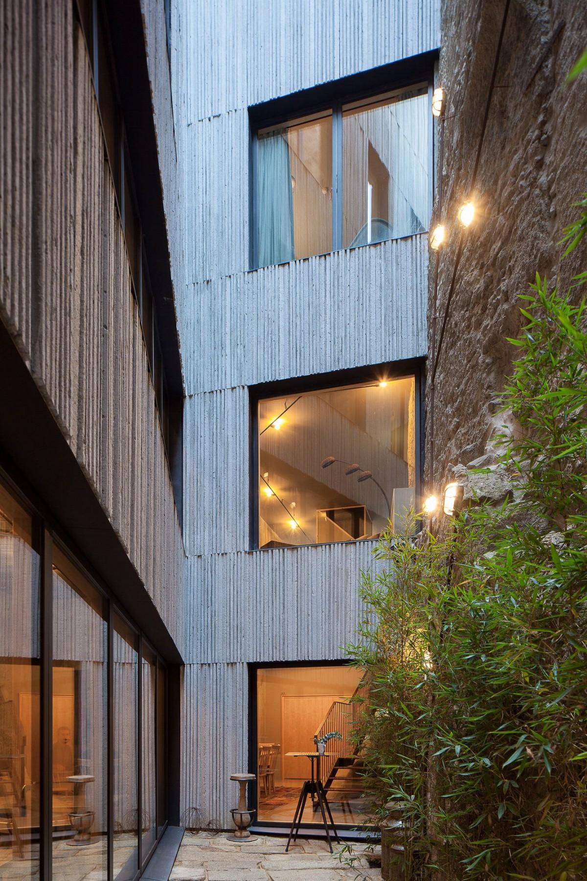 stepienybarno-stepien-y-barno-arquitectura-ProyectoDelDia-pedra-liquida-afasia-archzine-jose-campos