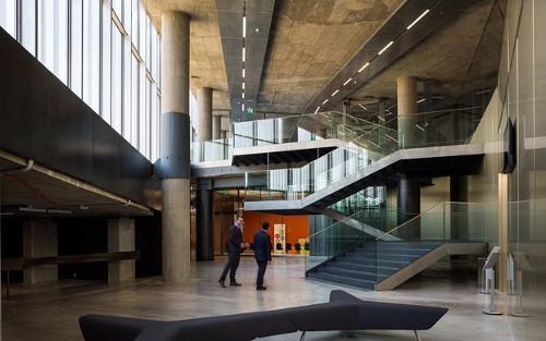 stepienybarno-stepien-y-barno-arquitectura-proyectodeldía-edificio-caixa-forum-sevilla-diario-design-Guillermo Vázquez Consuegra-2