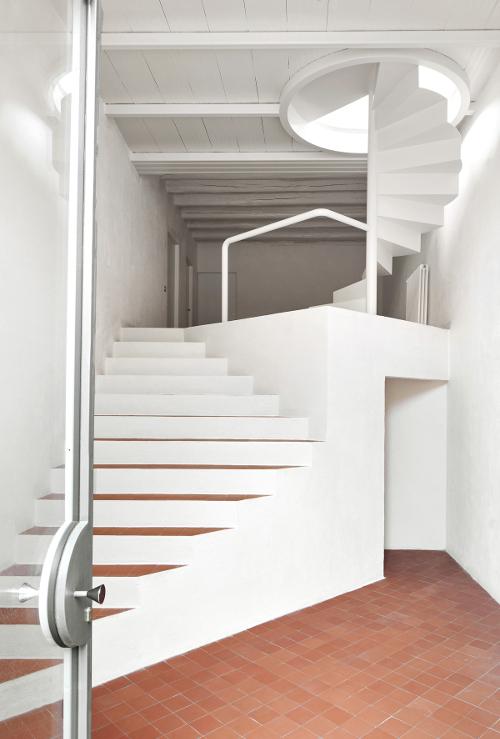 stepienybarno-stepien-y-barno-arquitectura-proyectodeldía-arquitectura-g-hic-jose-hevia-4