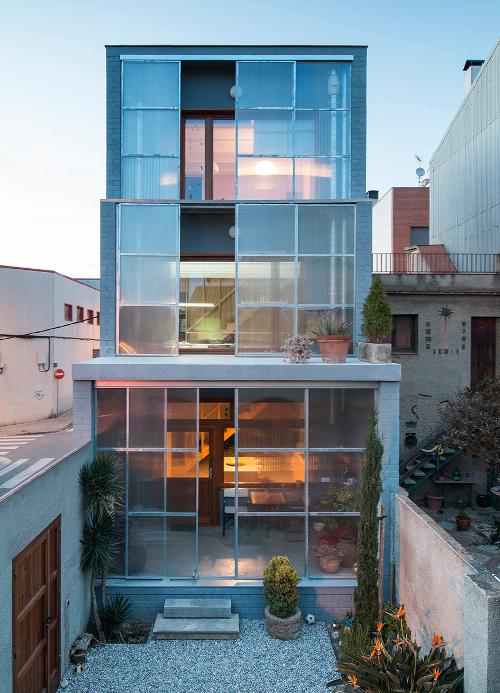 stepienybarno-stepien-y-barno-arquitectura-proyectodeldía-hic-arquitectura-h-arquitectes-Didac Guxens-2