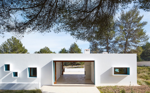 stepienybarno-stepien-y-barno-arquitectura-proyectodeldía-jose-hevia-plataforma-Laura Torres Roa- Alfonso Miguel Caballero-3