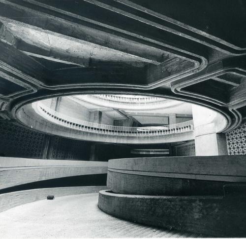 stepienybarno-stepien-y-barno-arquitectura-Revista-ad-Carlos Tomás-Fernando Higueras