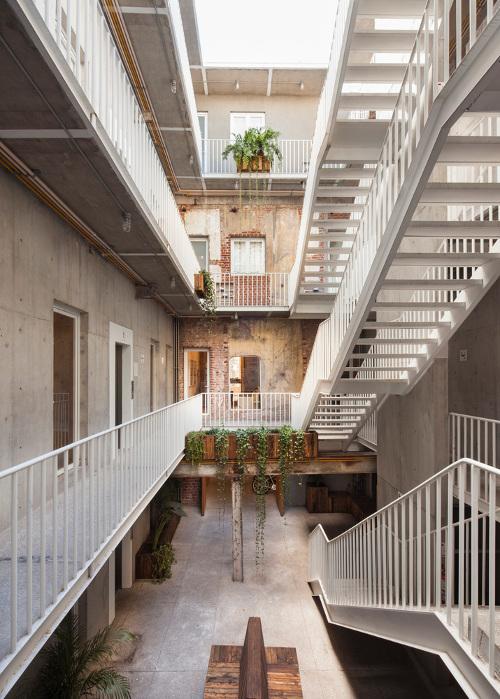 stepienybarno-stepien-y-barno-proyectodeldía-blog-plataforma-arquitectua-cadaval-sola-morales-Sandra Pereznieto