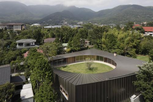 stepienybarno-stepien-y-barno-proyectodeldía-blog-Shigeru Ban-HIC-Arquitectura