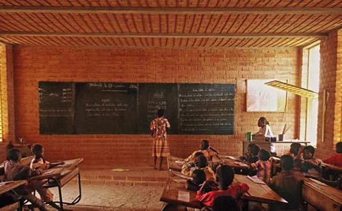 2.3 diebedo francis kere EDUCACION ARQUITECTURA STEPIENYBARNO LA CIUDA VIVA