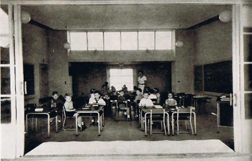 3.2 Instituto Escuela de Armiches y Domínguez AULA LUZ _ STEPIENYBARNO _ LA CIUDAD VIVA