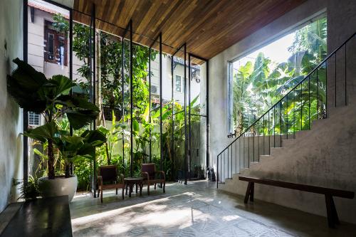 Stepienybarno-blog-stepien-y-barno-arquitectura-proyectodeldia-archdaily-nishizawa-architects-hiroyuki-oki