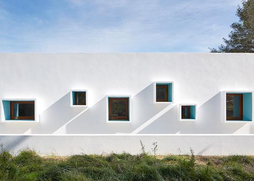 Stepienybarno-blog-stepien-y-barno-arquitectura-proyectodeldia-more-with-less-design-laura-Torres Roa y Alfonso Miguel Caballero